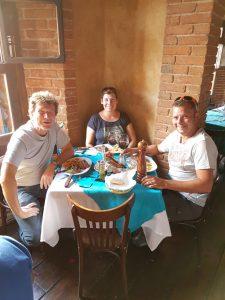 Im Steakhaus mit schweizer Freunden