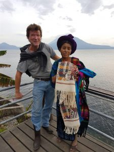 Mit Maya am Atitlán-See